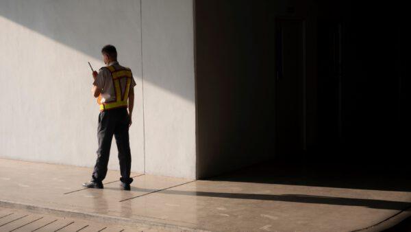 vendita abbigliamento da lavoro a napoli .2 jpg